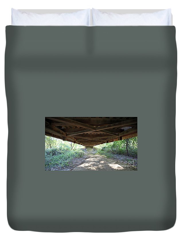 Bridge Duvet Cover featuring the photograph Looking Up Nevins Bridge Indiana by Steve Gass