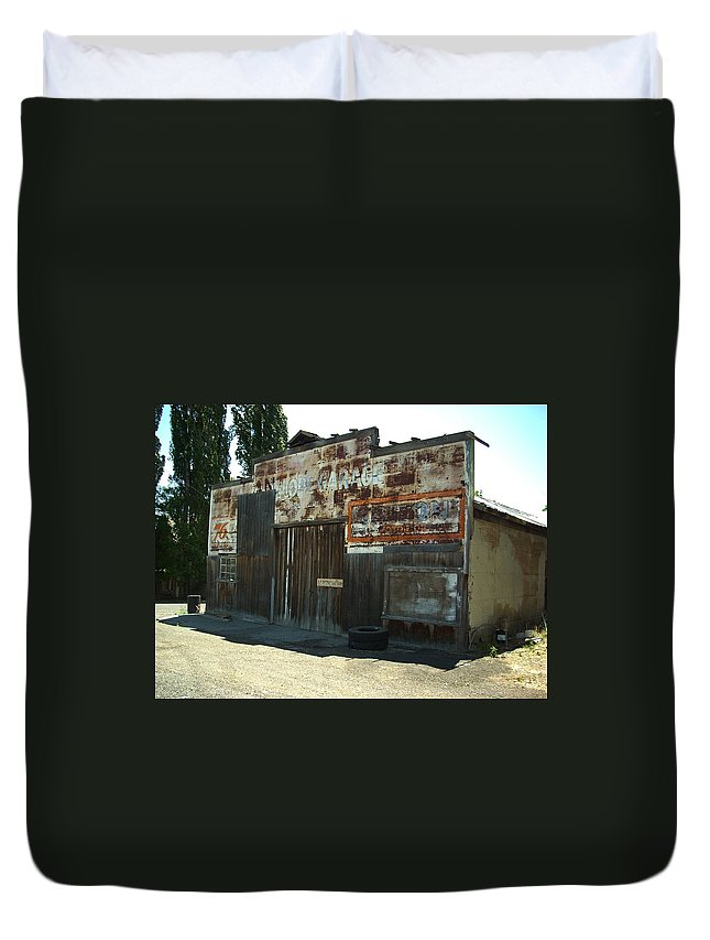 Shop Duvet Cover featuring the photograph Lope Garage by Sara Stevenson