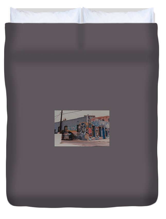 Urban Duvet Cover featuring the photograph Los Angeles Urban Art by Rob Hans