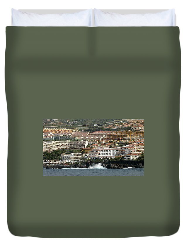 Valasretki Duvet Cover featuring the photograph Los Gigantes From The Sea by Jouko Lehto