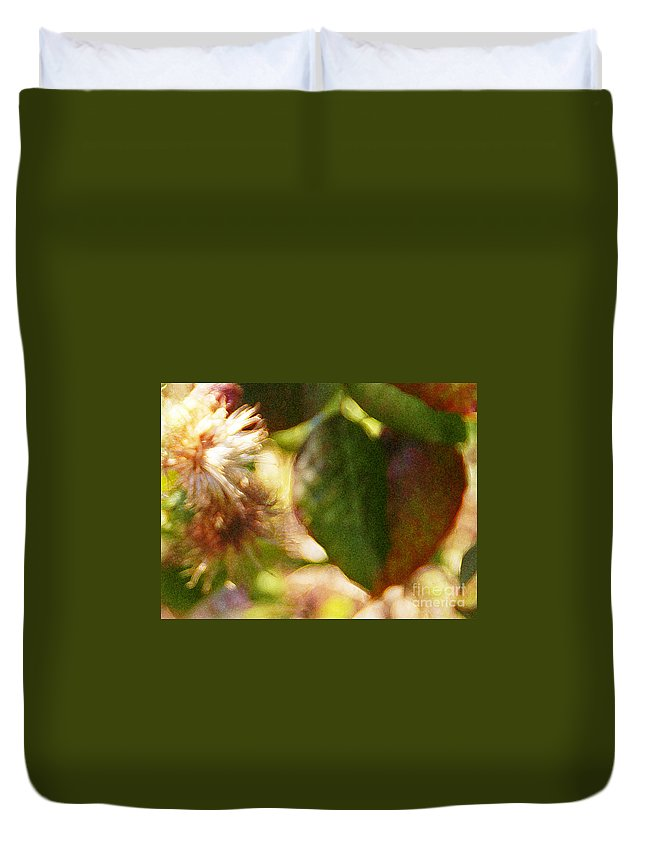 Wildflower Duvet Cover featuring the photograph Love Notes by Linda Shafer