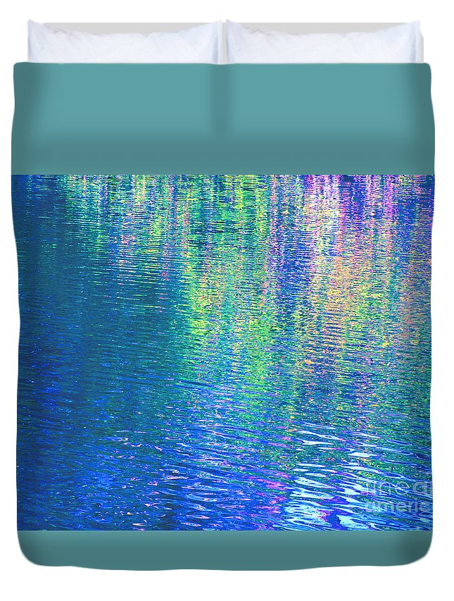 Angels Duvet Cover featuring the photograph Love by Sybil Staples