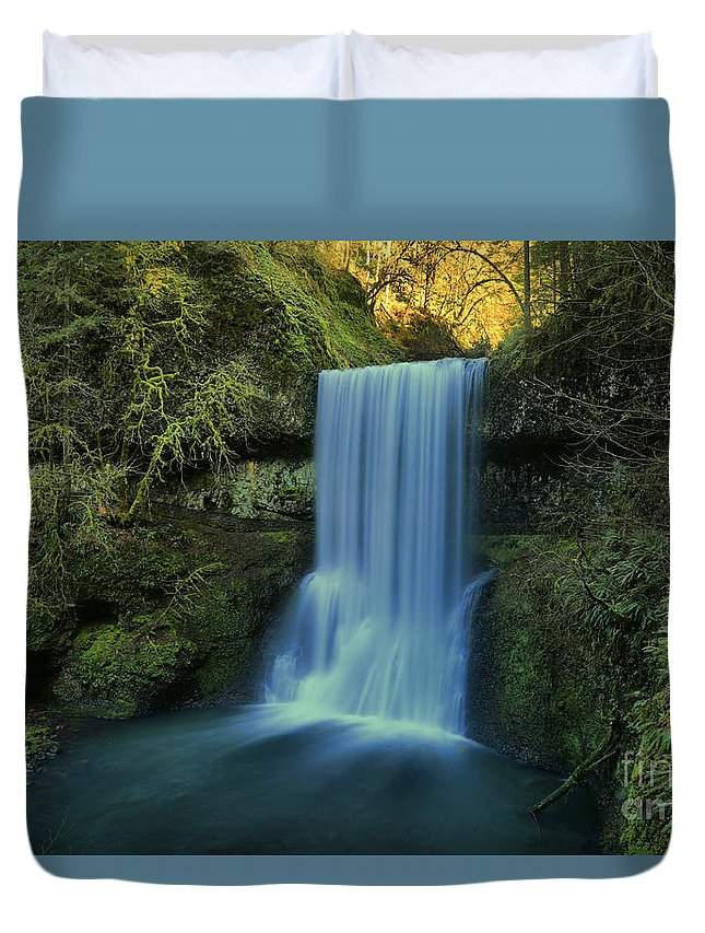 Lower South Falls Duvet Cover featuring the photograph Lower South Falls Landscape by Adam Jewell