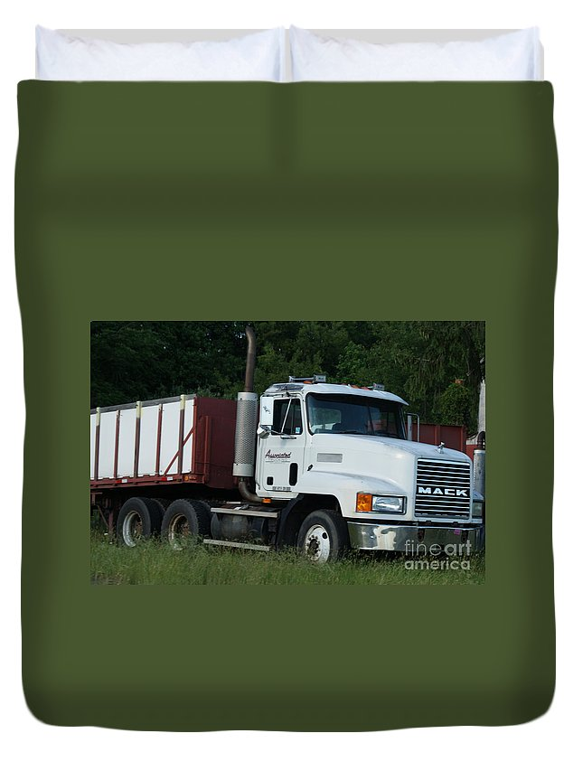 Mack Duvet Cover featuring the photograph Mack Truck One Of The Legends by Rob Luzier