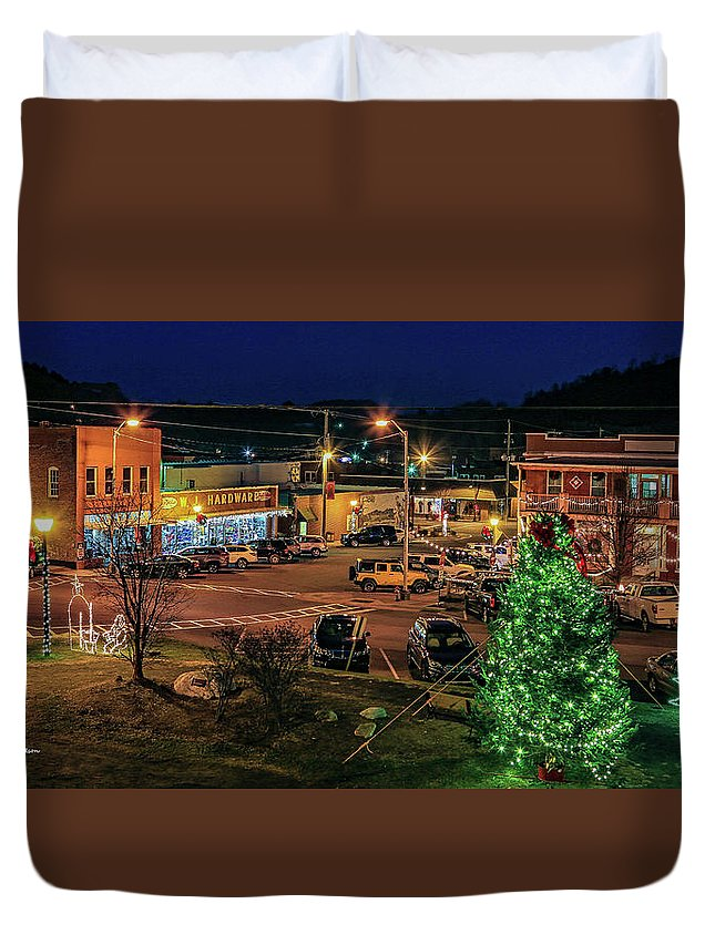 West Jefferson Nc Duvet Cover featuring the photograph Main Street Christmas by Bluemoonistic Images