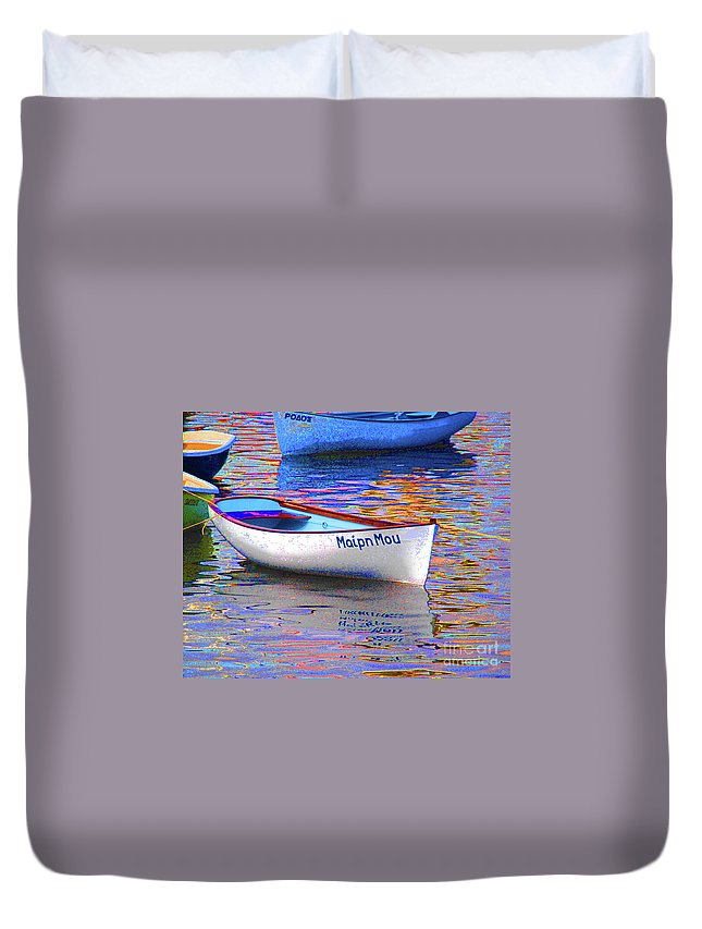 Maipn Mou Duvet Cover featuring the photograph Maipn Mou by Jost Houk