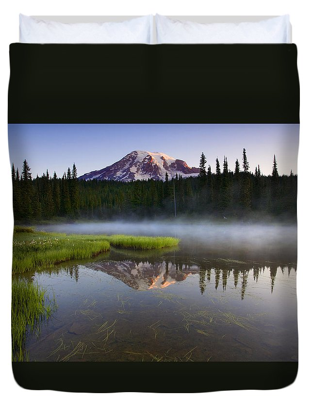 Lake Duvet Cover featuring the photograph Majestic Dawn by Mike Dawson