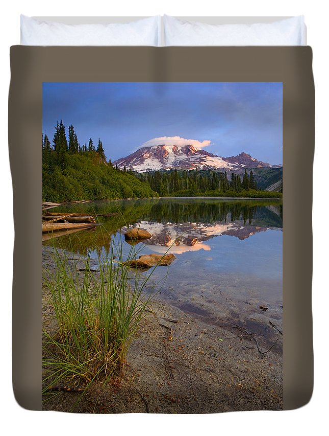 Mt. Rainier Duvet Cover featuring the photograph Majestic Glow by Mike Dawson
