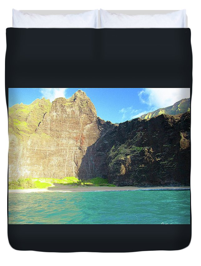 Duvet Cover featuring the photograph Majestic Wall Western Kauai by Ryan Crandall