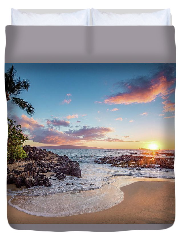 Maui Duvet Cover featuring the photograph Makena Cove by Drew Sulock
