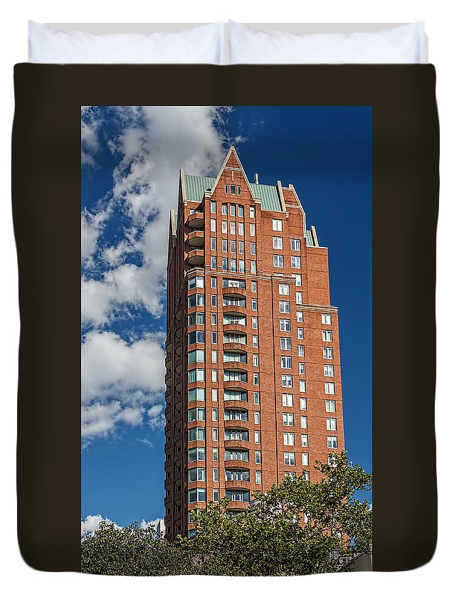 Architecture Duvet Cover featuring the photograph Making A Point by Kenneth Grant
