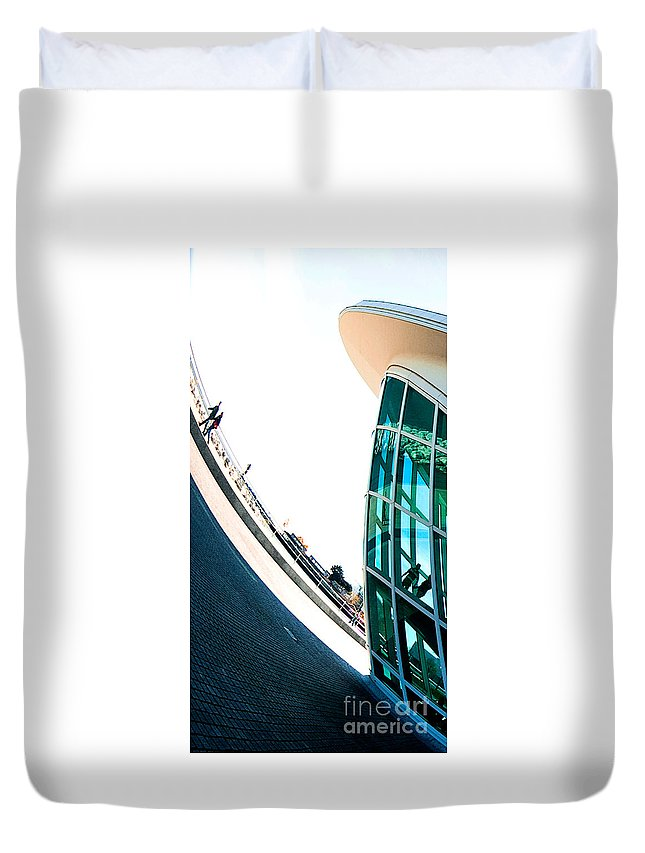 Milwaukee Duvet Cover featuring the photograph Mam Curved by Steven Dunn