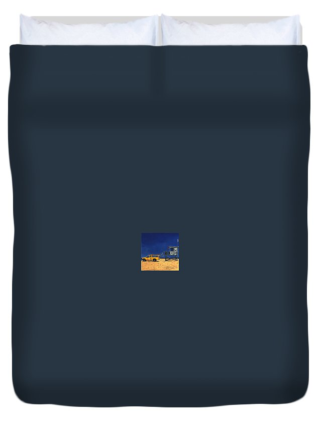 Modern Duvet Cover featuring the painting Manhattan Beach Lifeguard Station Side by Lance Headlee
