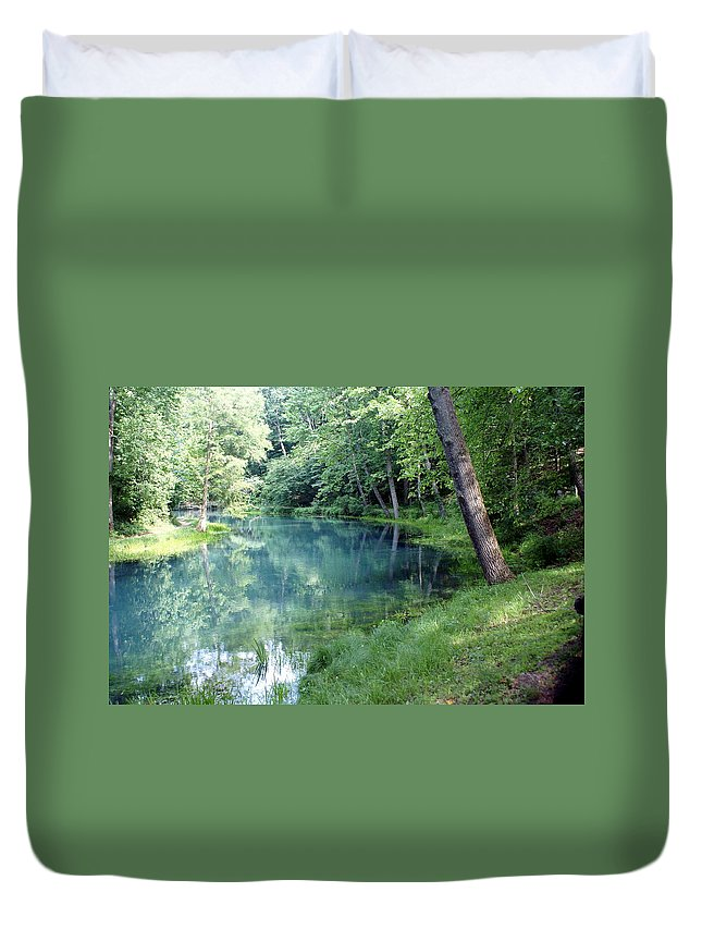 Maramec Springs Park Duvet Cover featuring the photograph Maramec Springs 1 by Marty Koch
