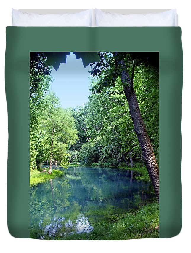 Maramec Springs Park Duvet Cover featuring the photograph Maramec Springs 2 by Marty Koch