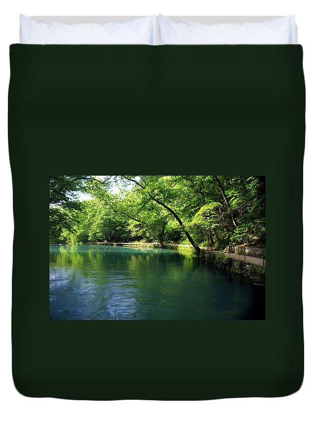 Maramec Springs Park Duvet Cover featuring the photograph Maramec Springs 4 by Marty Koch