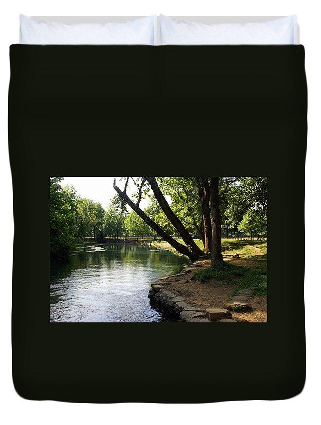 Maramec Springs Park Duvet Cover featuring the photograph Maramec Springs 5 by Marty Koch
