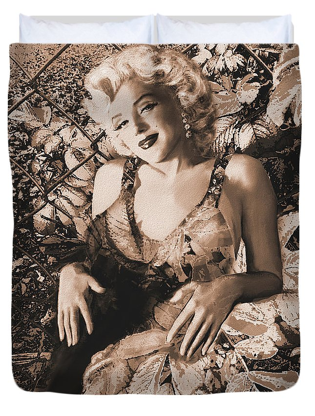 Marilyn Monroe Duvet Cover featuring the painting Marilyn Monroe 126 A 'sepia' by Theo Danella