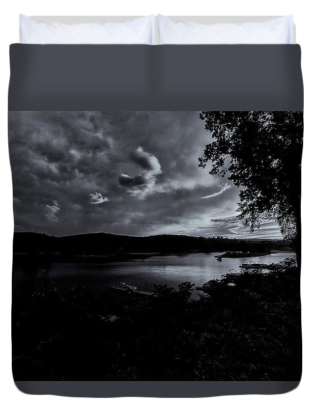 The Brattleboro Retreat Meadows Duvet Cover featuring the photograph Marina Sunset Black And White by Tom Singleton