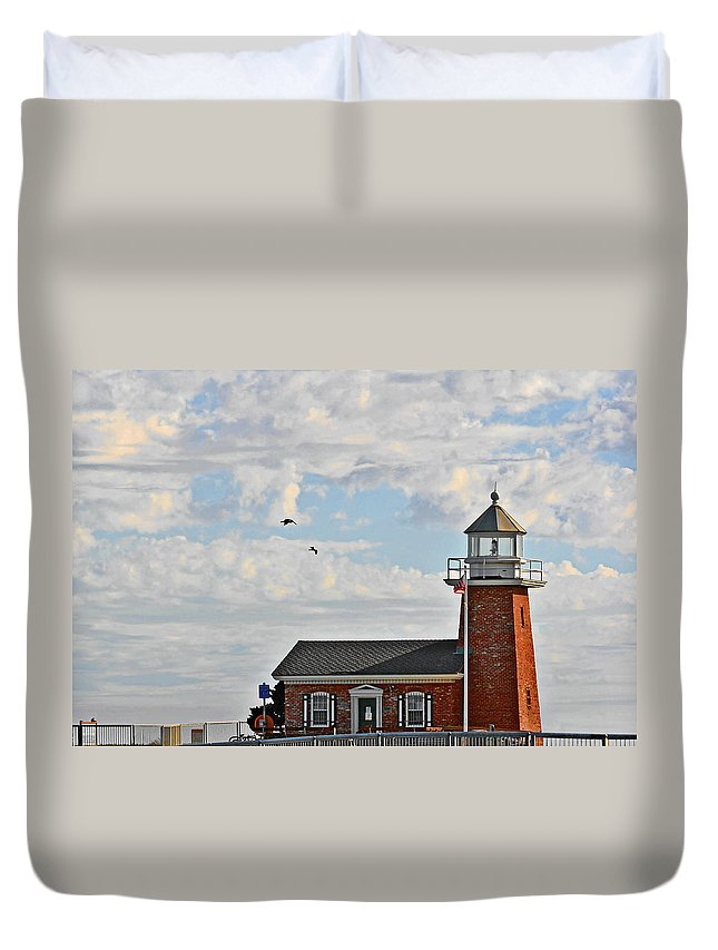 Mark Abbot Memorial Lighthouse Duvet Cover featuring the photograph Mark Abbott Memorial Lighthouse - Home Of The Santa Cruz Surfing Museum Ca Usa by Christine Till