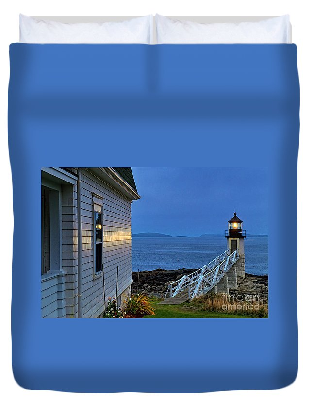 Maine Duvet Cover featuring the photograph Marshall Point Lighthouse by John Greim