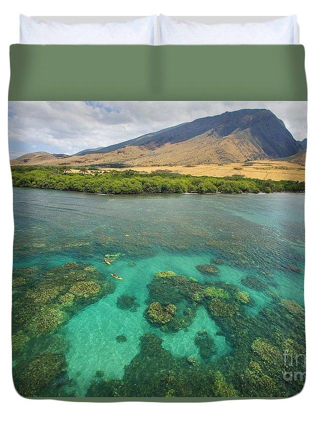 Above Duvet Cover featuring the photograph Maui Landscape by Ron Dahlquist - Printscapes