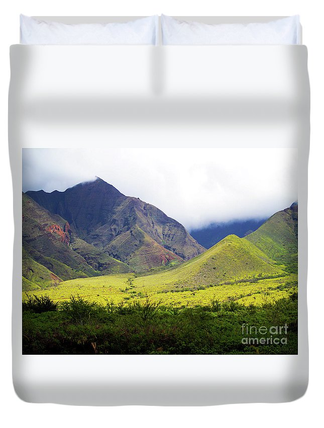 Fine Art Photography Duvet Cover featuring the photograph Maui Mountains by Patricia Griffin Brett