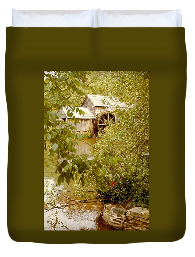 Mabry Mill Duvet Cover featuring the photograph Mabry Mill 3 by Lin Grosvenor