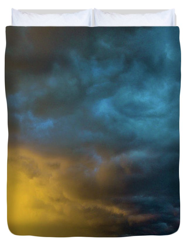 Nebraskasc Duvet Cover featuring the photograph Mcluvn Nebraska Thunderstorms 049 by NebraskaSC