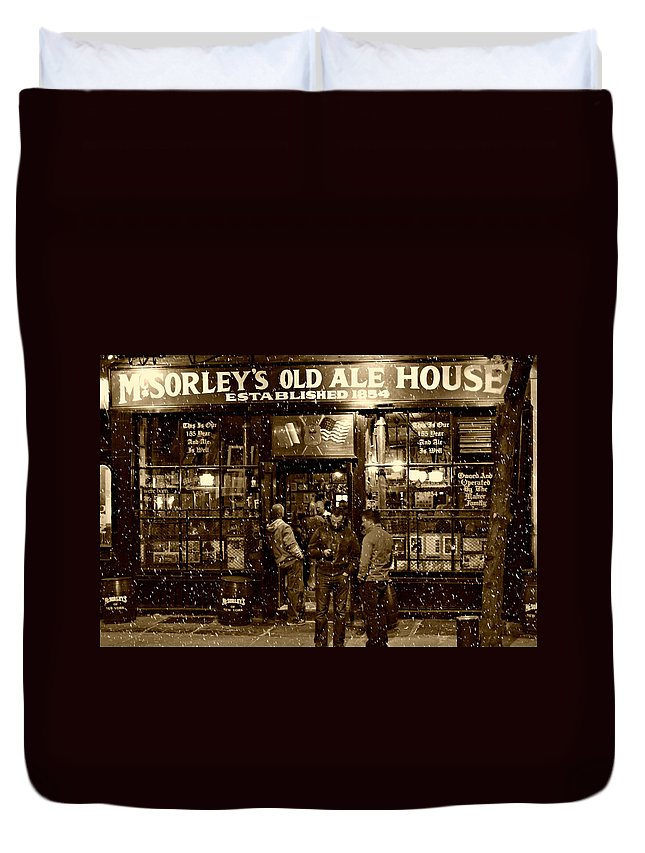 Mcsorley's Old Ale House Duvet Cover featuring the photograph McSorley's Old Ale House by Randy Aveille