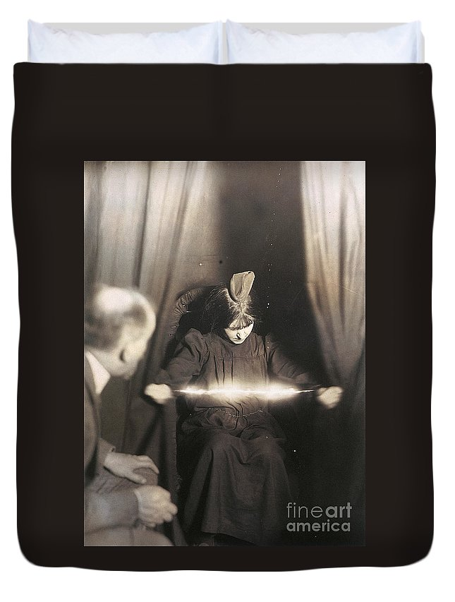 1912 Duvet Cover featuring the photograph Medium During Seance 1912 by Granger