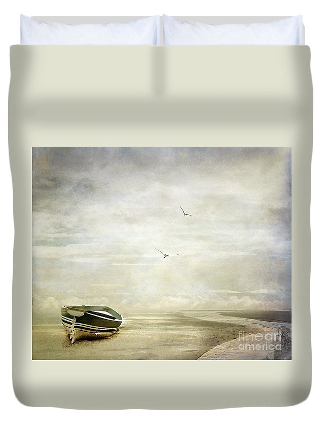 Beach Duvet Cover featuring the photograph Memories by Jacky Gerritsen