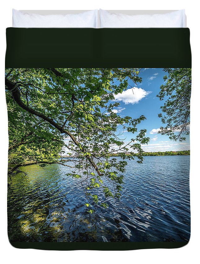 Lake Duvet Cover featuring the photograph Mendota Lake by Rockland Filmworks