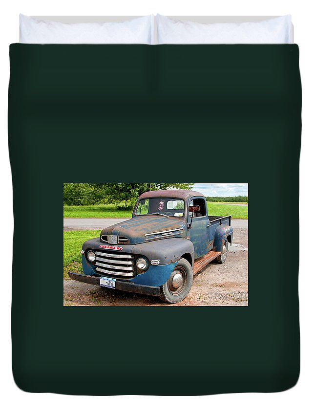 Antique Car Duvet Cover featuring the photograph Mercury 2235 by Guy Whiteley
