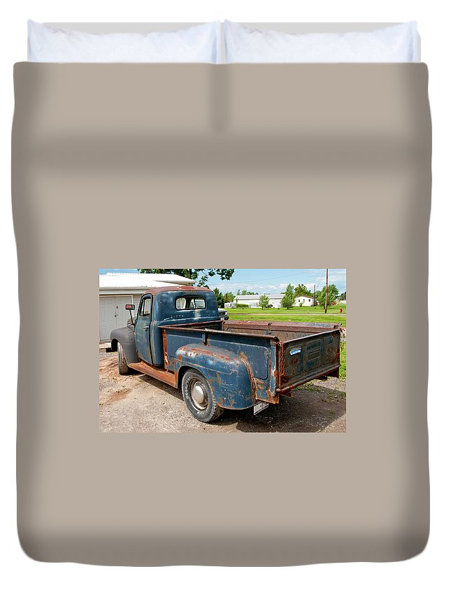 Antique Car Duvet Cover featuring the photograph Mercury 2236 by Guy Whiteley