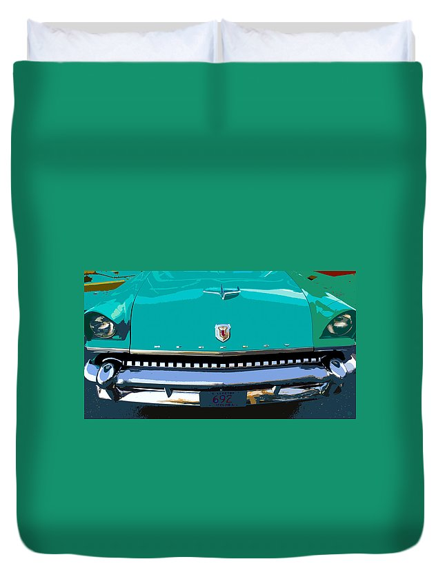 Mercury Duvet Cover featuring the painting Mercury In Green by David Lee Thompson