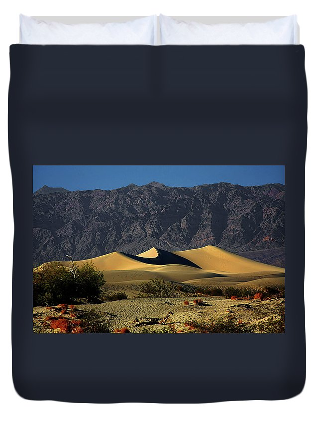 Death Valley National Park Duvet Cover featuring the photograph Mesquite Flat Dunes - Death Valley California by Christine Till