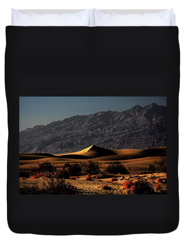 Death Valley National Park Duvet Cover featuring the photograph Mesquite Flat Sand Dunes Death Valley - Spectacularly Abstract by Christine Till
