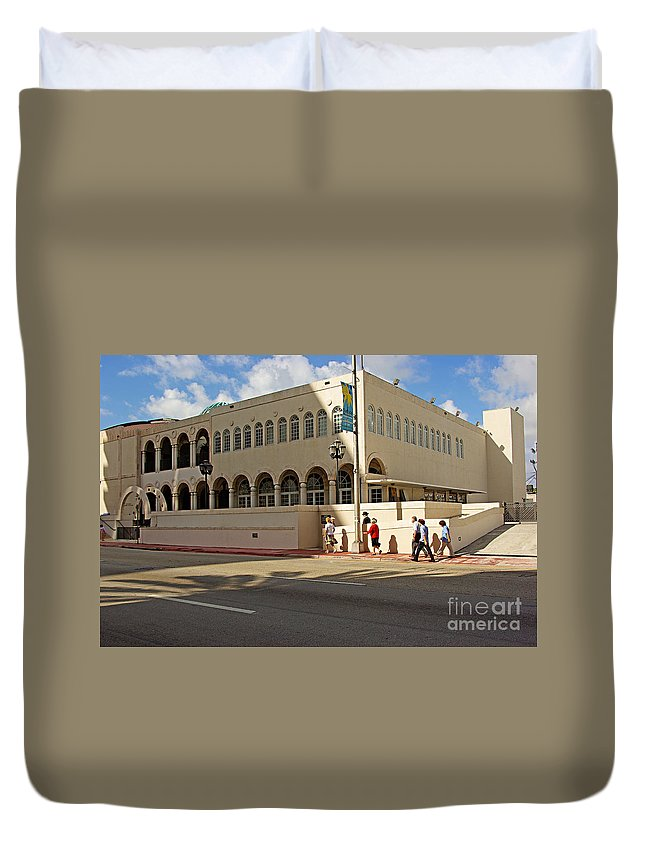 Synagogue Duvet Cover featuring the photograph Miami Beach Synagogue Saturday Morning by Zal Latzkovich