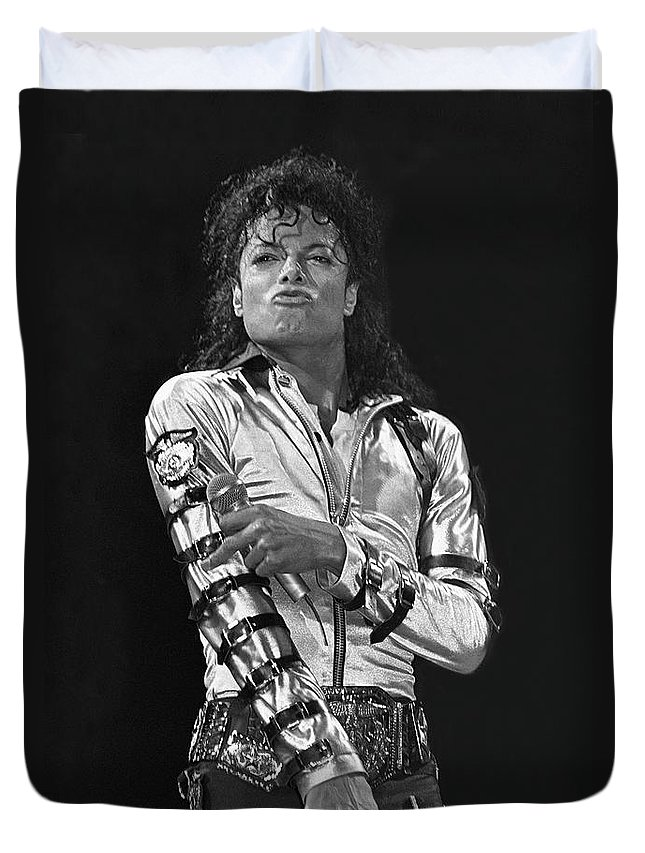 Music Legend Michael Jackson Is Shown Performing On Stage During A Live Concert Appearance Duvet Cover featuring the photograph Michael Jackson - The King of Pop by Concert Photos