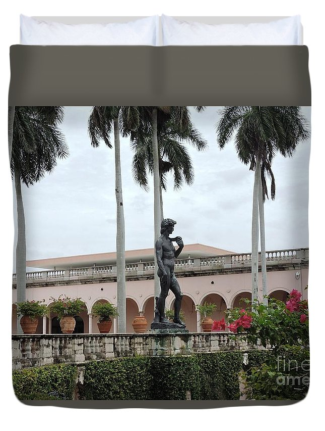 Statue Duvet Cover featuring the photograph Michelangelo's David by Beth Williams