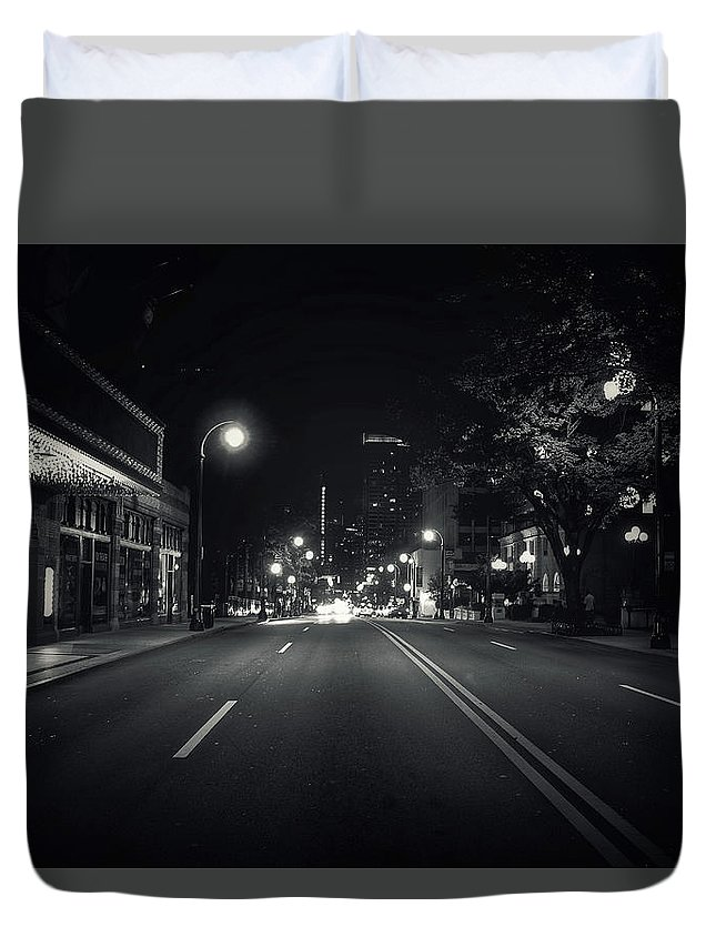Night Duvet Cover featuring the photograph Middle Of The Road by Mike Dunn