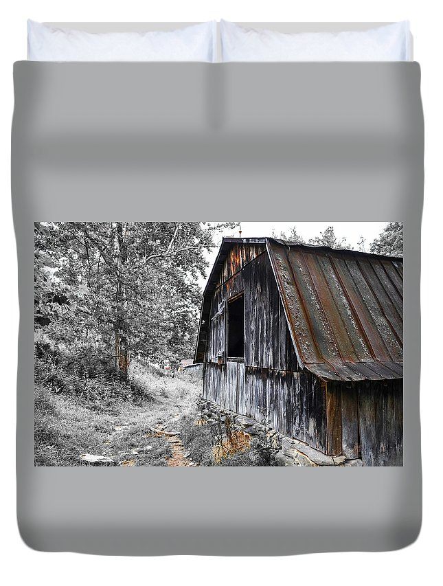 Farm Life Duvet Cover featuring the photograph Milking Barn by Jim Love