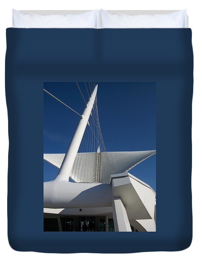 Mam Duvet Cover featuring the photograph Milwaukee Art Museum Cropped by Anita Burgermeister