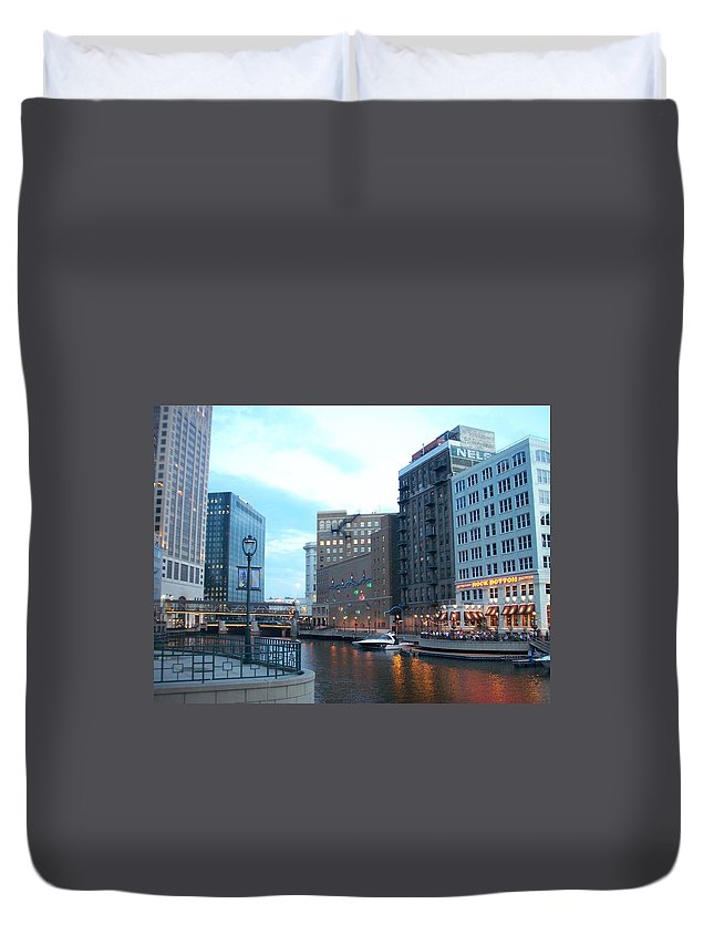 Milwaukee Duvet Cover featuring the photograph Milwaukee River Walk by Anita Burgermeister