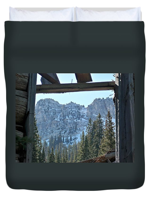 Mountain Duvet Cover featuring the photograph Miners Lost View by Michael Cuozzo