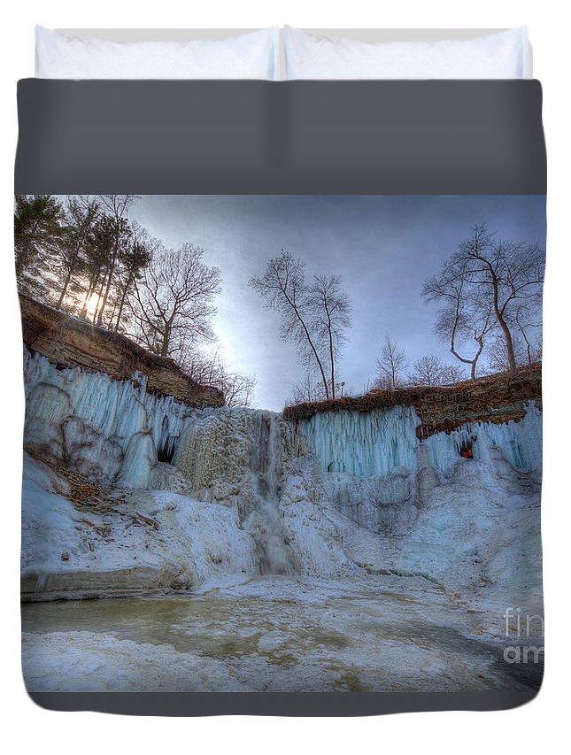 Evening Duvet Cover featuring the photograph Minnehaha Falls Minneapolis Minnesota Winter Morning by Wayne Moran