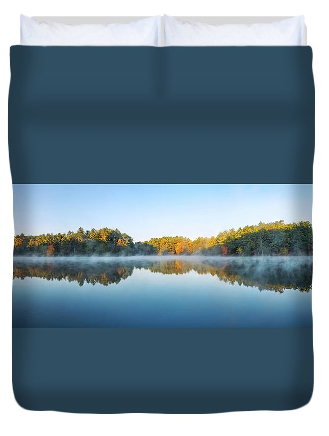 Mirror Lake State Park Duvet Cover featuring the photograph Mirror Lake by Scott Norris