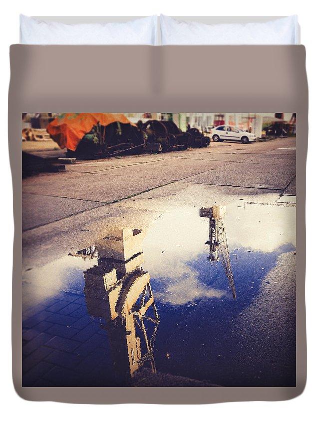 Hamburg Duvet Cover featuring the photograph Mirrored by Berit Schurse