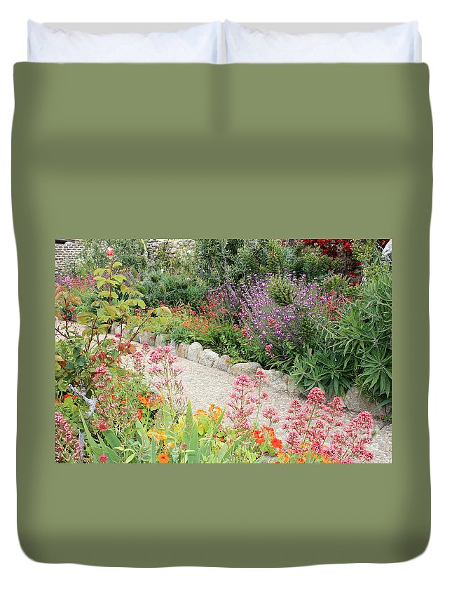 Garden Duvet Cover featuring the photograph Mission Garden by Carol Groenen